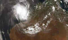 إعصار برياح مدمرة يتجه إلى سواحل أستراليا الغربية