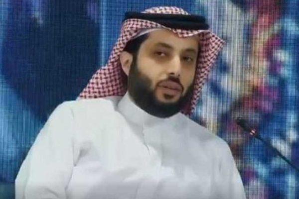 تركي آل الشيخ: حضور السيسي جنازة مبارك «درس في الوفاء»