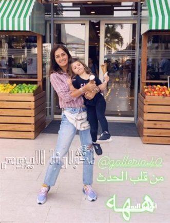لأول مرة .. حلا شيحة تفاجئ جمهورها بصورة ابنتها وتشعل إنستجرام في أحدث ظهور لها معها .. والجمهور يرد