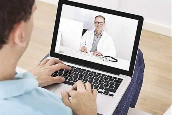 «أساتذة طب»: «خليك في بيتك.. واستشارتك مجانًا»