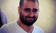النيابة توجه 3 اتهامات لوالدة علاء عبدالفتاح و3 أخريات