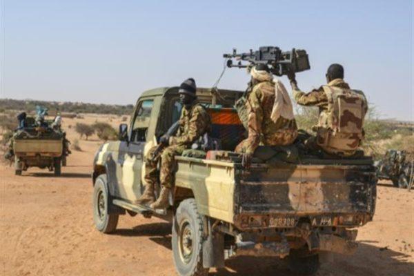 الجيش المالي يعلن مقتل 5 إرهابيين شمال البلاد
