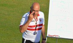 مصدر مقرب من جروس لمصراوي: مدرب الزمالك السابق ينتظر قرار كاس بشأن مستحقاته