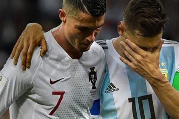 لاعب برشلونة الأسبق يقترح على رونالدو وميسي اللعب في الدوري البيلاروسي