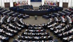 الاتحاد الأوروبي: يحق للركاب الذين تم إلغاء رحلاتهم بسبب كورونا استرداد أموالهم