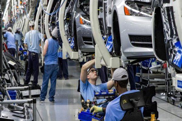 """وسط تفشي أزمة """"كورونا"""".. قطاع السيارات الصيني يواجه مشكلة جديدة"""