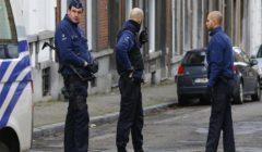 مجهولون يهاجمون مقر صحيفة يونانية بقنابل حارقة