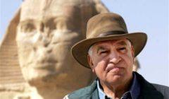 قف وتراجع.. زاهي حواس يهاجم علي جمعة: معلوماتك الأثرية يرددها مهاويس الشهرة