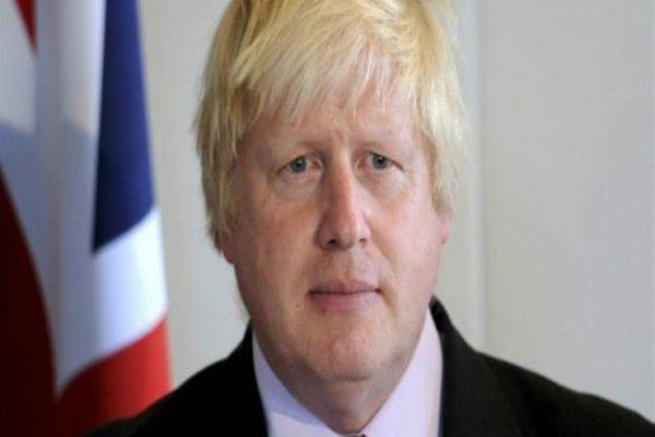 وزير بريطاني: بوريس جونسون لم يتم وضعه على جهاز التنفس الصناعي