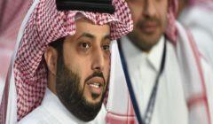 """تركي آل الشيخ لجمهور الأهلي: """"اللي يمشي يمشي نجيب قدّو مية مرة"""""""