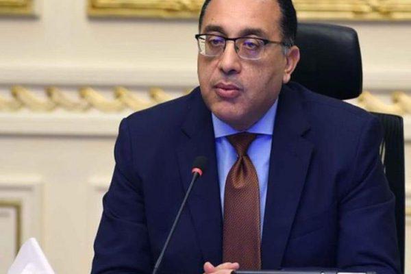 مدبولي: اقتطاع 20% من راتب رئيس الحكومة والوزراء تشجيعًا للتبرع
