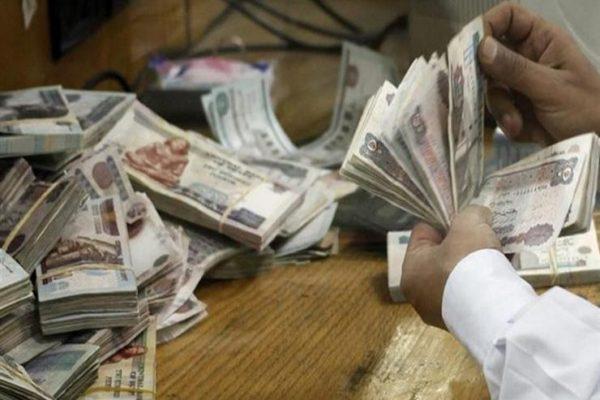 66 مليار جنيه حصيلة مبيعات شهادة الـ15% ببنكي الأهلي ومصر في 17 يوما