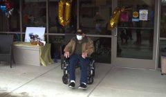 أمريكي مخضرم تعافى من «كورونا»: عمره 104 عامًا ونجا من الحرب العالمية والإنفلونزا الإسبانية