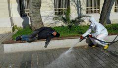 المشردون يسيطرون على شوارع تركيا خلال عمليات تعقيمها