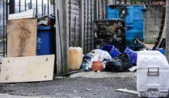 أوروبا ترجع إلى الخلف.. القمامة تغرق مدن بريطانيا بسبب كورونا | صور