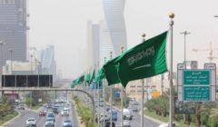 """السعودية تعقم أسطح وسجاد المسجد الحرام بتقنية """"تك أوزون"""""""