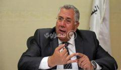 وزير الزراعة: لن يسمح بتواجد عاملين أو التعامل مع أي مواطن بدون كمامة