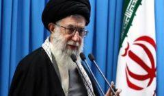 المرشد الإيراني يعين علي لاريجاني مستشارا له