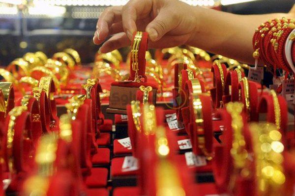 ماذا فعلت أسعار الذهب في مصر خلال أسبوع العيد؟