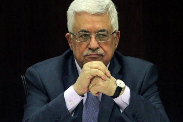 الرئيس الفلسطيني يعزي نظيره الباكستاني بضحايا الطائرة المنكوبة