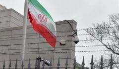 إيران تكشف عن إرسال قاسم سيلماني الأسلحة إلى فلسطين (فيديو)