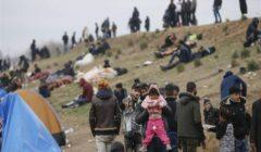 سكاي نيوز: مسؤولون أفغان يبحثون عن جثث مهاجرين ألقت بهم إيران في النهر