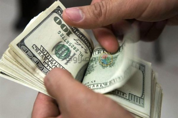 ماذا فعلت أسعار الدولار والعملات أمام الجنيه في أسبوع العيد؟