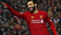 """أسطورة ليفربول يربط مستقبل صلاح مع الفريق بـ""""السعادة"""""""