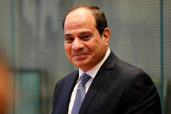 السيسي يتبادل هاتفيا التهنئة بعيد الفطر مع ولي عهد ابو ظبي