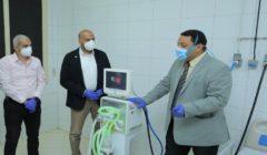 موانئ دبي العالمية - السخنة تتبرع بجهازي تنفس صناعي لمستشفى السويس العام