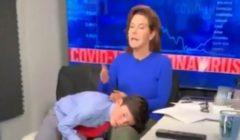 مذيعة أمريكية تحتضن ابنها أثناء تقديم برنامج إخباري   فيديو