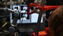 لحماية الأطباء.. ابتكار أول روبوت لاختبار مرضى كورونا| فيديو