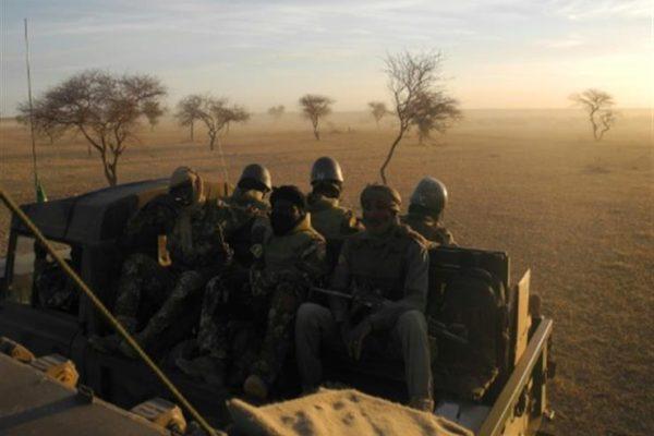 الجيش المالي يعلن التصدي لهجوم إرهابي في وسط البلاد