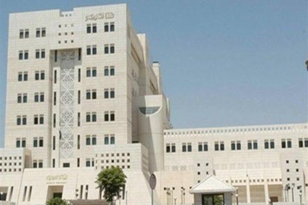 الخارجية الكويتية تنفي طلبها نقل سفير الإمارات