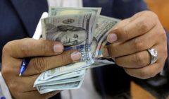 بينها الأهلي ومصر.. أسعار الدولار تعود للتراجع في البنوك اليوم