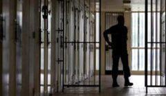 الكويت: إصابة 268 نزيلًا بفيروس كورونا في السجن المركزي
