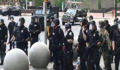 استقالة وحدة بالشرطة الأمريكية تضامنا مع ضابطين فُصلا بسبب سبعيني.. ماذا حدث؟