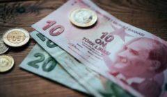 خسر 400 ألف دولار في ساعات.. صراف سوري ينتحر بعد تدهور سعر الليرة