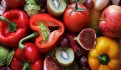 أخصائية تغذية تستعرض بدائل الفيتامينات فى الخضروات والفاكهة | فيديو