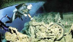 تجذب ٣ ملايين سائح سنوياً بالبحر الأحمر.. إغراق معدات قديمة لجذب «عشّاق الغوص»