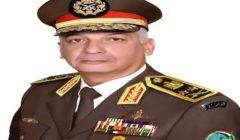"""وزير الدفاع يشهد المرحلة الرئيسية للمناورة """"حسم 2020"""" فى الاتجاه الاستراتيجى الغربى"""