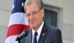 """السفير الأمريكي لدى ليبيا يبحث """"حلّاً سلميًا"""" مع عقيلة صالح"""