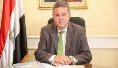 وزير قطاع الأعمال: لا نية لتصفية أية شركة أو النَّيل من حقوق العمال