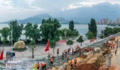 """""""الأكبر منذ 60 عامًا"""".. تساقط كمية أمطار قياسية على نهر يانجتسي"""