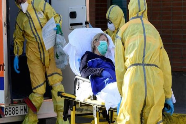 قرابة 53 ألف حالة.. حصيلة مأساوية في أمريكا للإصابات بكورونا