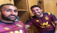 تريزيغيه والمحمدي يحتفلان رفقة لاعبي أستون فيلا بالبقاء في البريميرليغ