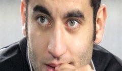"""أمير عزمي ينتقد قرار تأجيل مباراة الإنتاج.. ويؤكد: """"الموضوع ماشي بالبركة"""""""