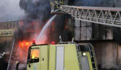 الدفاع المدني السعودي: إخماد حريق اندلع في عدد من الثكنات بحي السليمانية