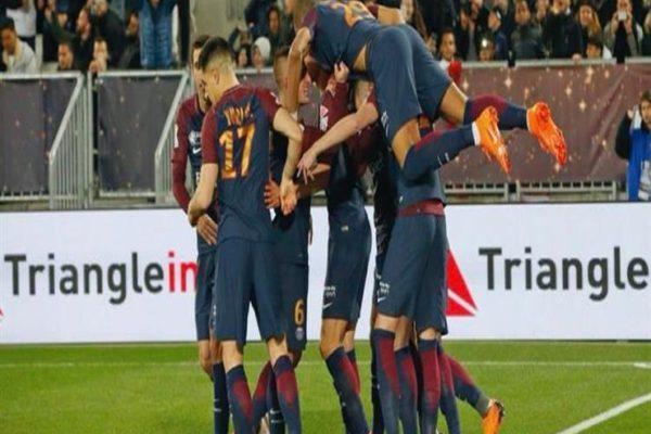 مدرب سان جيرمان يدافع عن فريقه ضد الانتقادات بعد التتويج بكأس الرابطة الفرنسية
