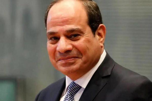 """""""حلم منشود"""".. السيسي يهنئ الإمارات بتشغيل محطة """"براكة"""" للطاقة النووية"""